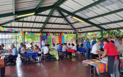 Celebración del día del Vendedor y del Arquitecto